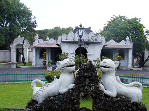 Download this Museum Kasepuhan Cirebon picture