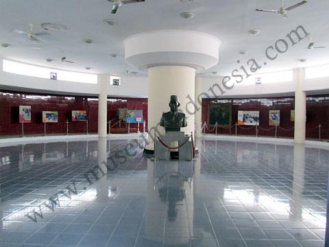 Monumen Panglima Besar Jenderal Soedirman